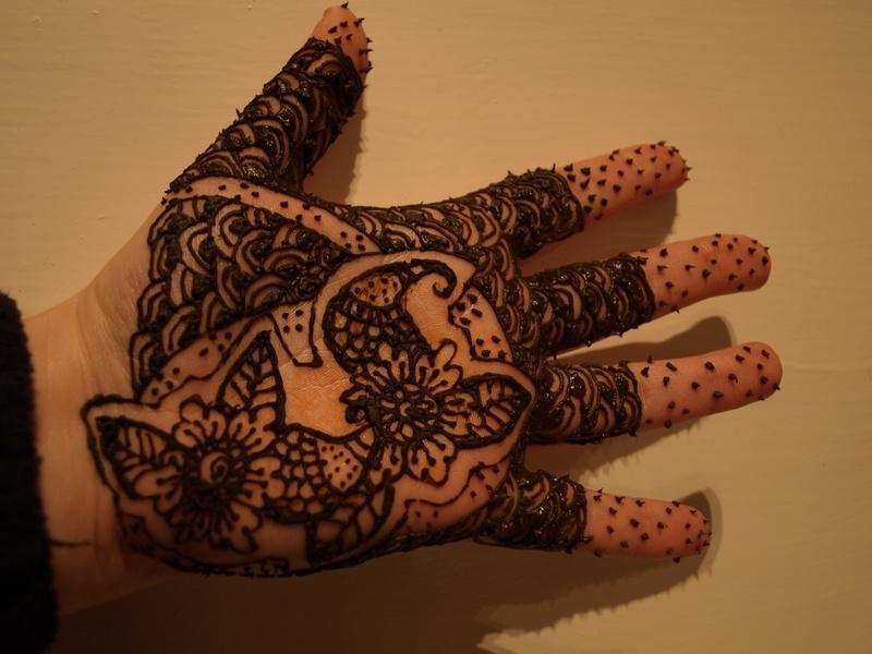 Basic, bridal type hand